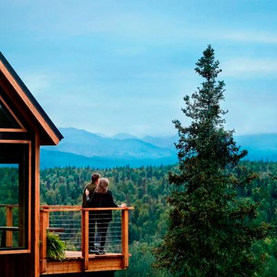 Casa da Árvore no Alasca