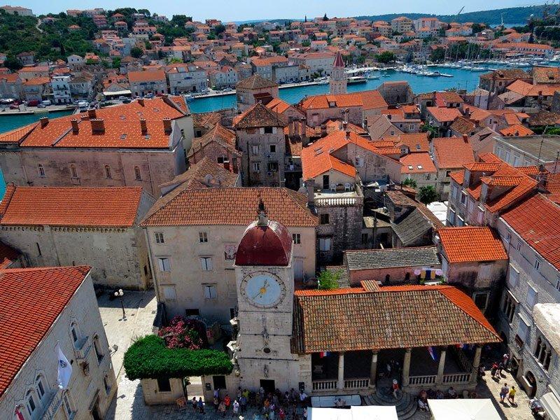 Trogir en el Adriatico